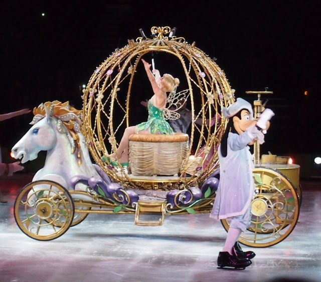 Disney On Ice Princesses and Heroes 2013 went to see this... BEST EXPERIENCE IN MY LIFE