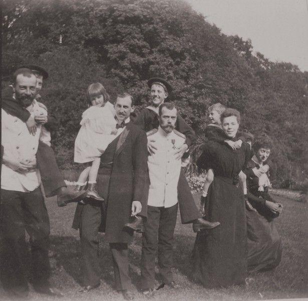 » Tsar Nicholas II clowning around with friends