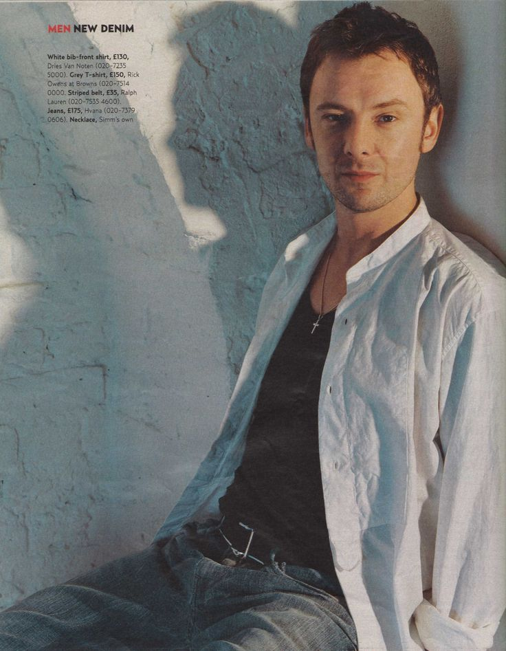 He has more talent in one eyebrow than most people have in their whole body. Ladies and Gentlemen, John Simm.