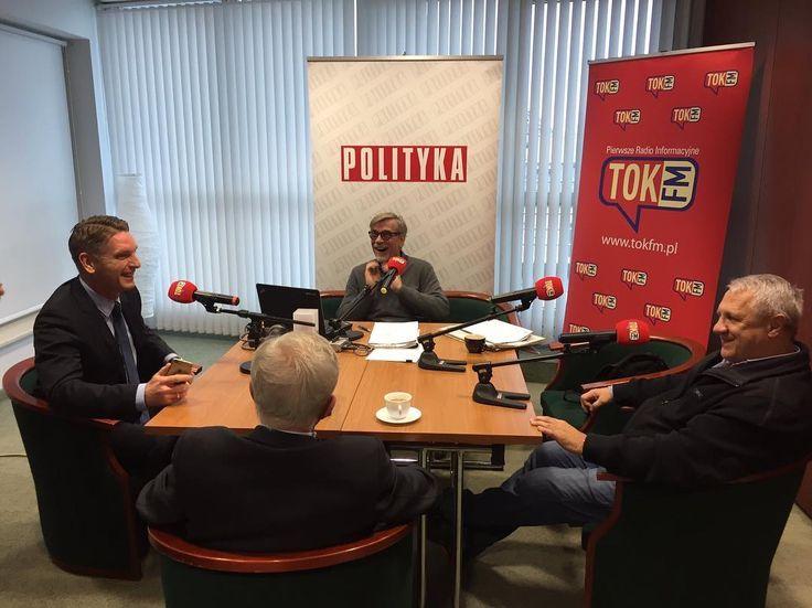 Dziś tak. TOK FM w @tygodnikpolityka #urodziny #Polityka #radio #poranek #komentatorzy #Żakowski #TOKFM #Polska #TOKFM