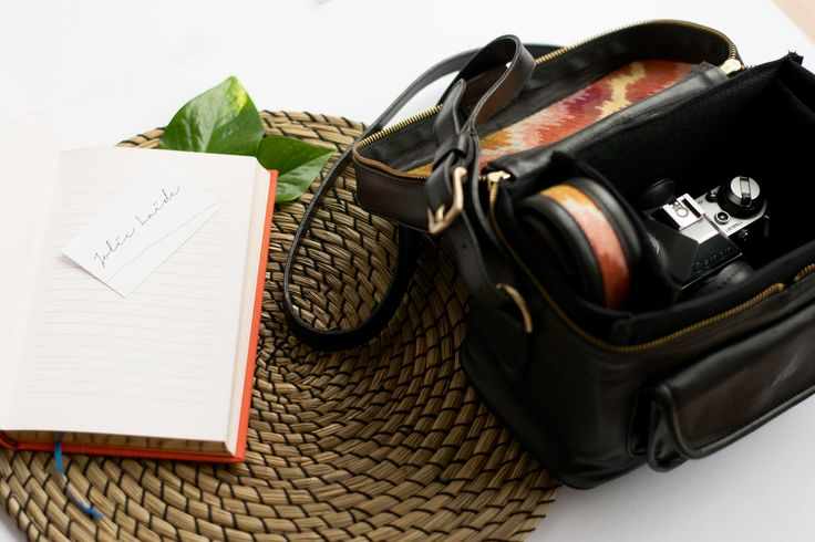The Weekender Camera & Travel Bag was designed with the nomadic photographer in mind, one who plans on traveling light with their camera, yet wants a travel bag that is versatile, stylish and refined. The interior padding is adjustable and also removable, allowing The Weekender to also be used as the perfect travel bag for those last minute escapes. Shop Today - www.jolielaide.ca  