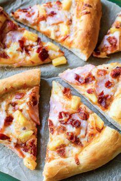 Pizza hawaïenne... croûte maison! #pizza #hawaïenne #croûte #maison