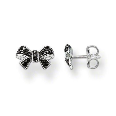 Glam & Soul ear studs 925 Sterling silver, blackened black syn. zirconia-pavé Immediately adds elegance to any outfit: the bow ear studs with black syn. pavé zirconia. Size: 1.3 cm