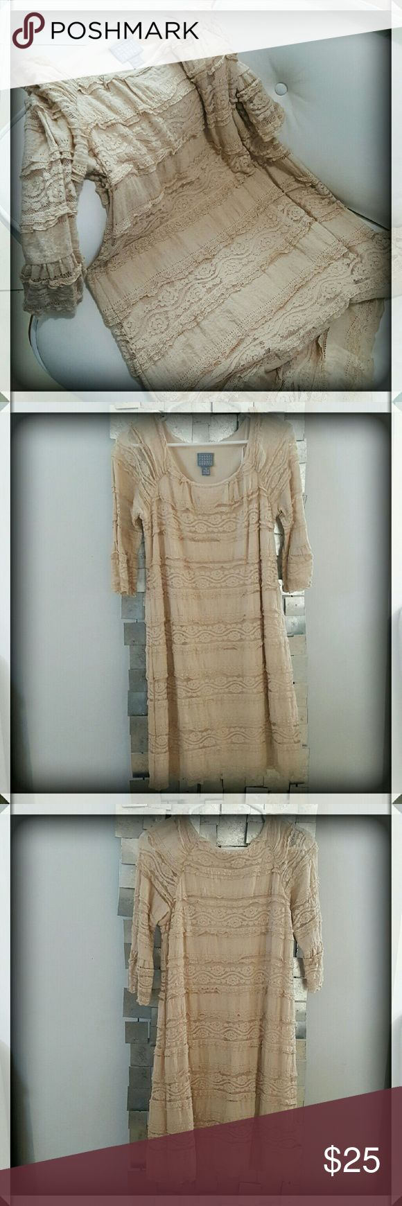 Beige Free People Style Dress by Rabbit Rabbit Beautiful beige dress by Rabbit Rabbit Petite. Very similar to Free People as far as style. So pretty with the floral lace details! Please ask any questions before purchase. Bundle to save. Rabbit Rabbit Dresses