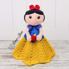 Snow white lovey