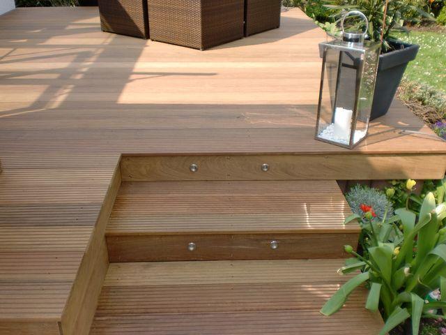 die besten 25 terrassen treppe ideen auf pinterest deckschritte holzterrassen und veranda treppe. Black Bedroom Furniture Sets. Home Design Ideas