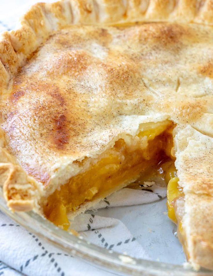 Willst du ein vertrauenswürdiges und leckeres Pfirsichkuchen-Rezept? Suchen Sie nicht weiter, frische Pfirsiche und ein …   – Pies & crisp