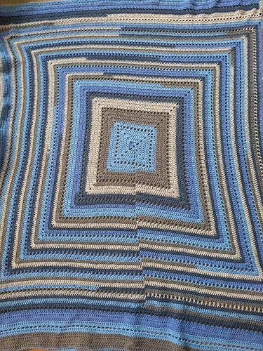 Ravelry: Maurey's Comfy blanket