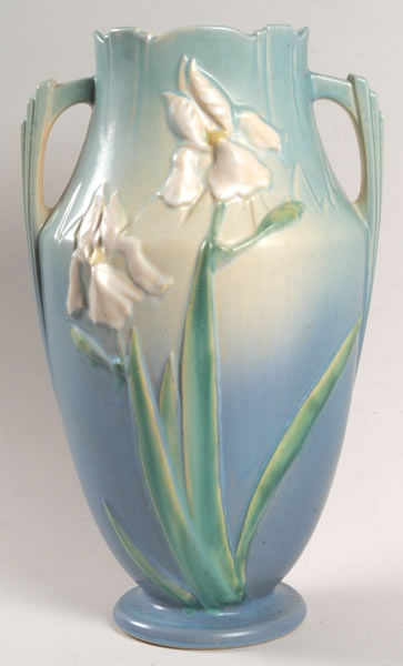 ✿ڿڰۣ(̆̃̃❤Aussiegirl  #China #Charm  Roseville Pottery