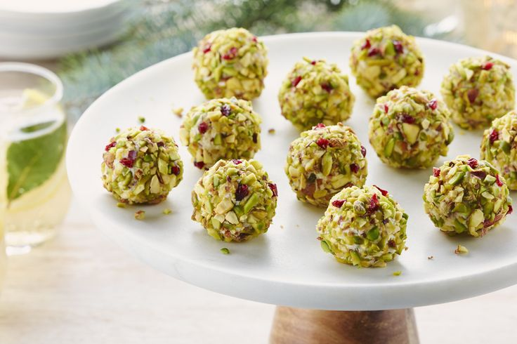 Goat%20Cheese%20Balls%20with%20Pistachio%20and%20Dried%20Cherries