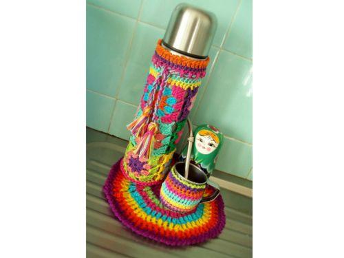 MATE tradición argentina Mate y termo decorados con lana de colores