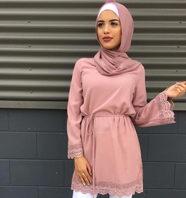 Rose blouse and head wrap