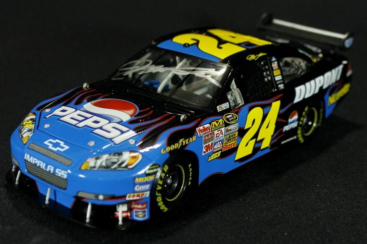 Jeff Gordon Signed NASCAR #24 Pepsi 2008 Impala SS 1:24 Action Die Cast Car (PA LOA) at Pristine Auction