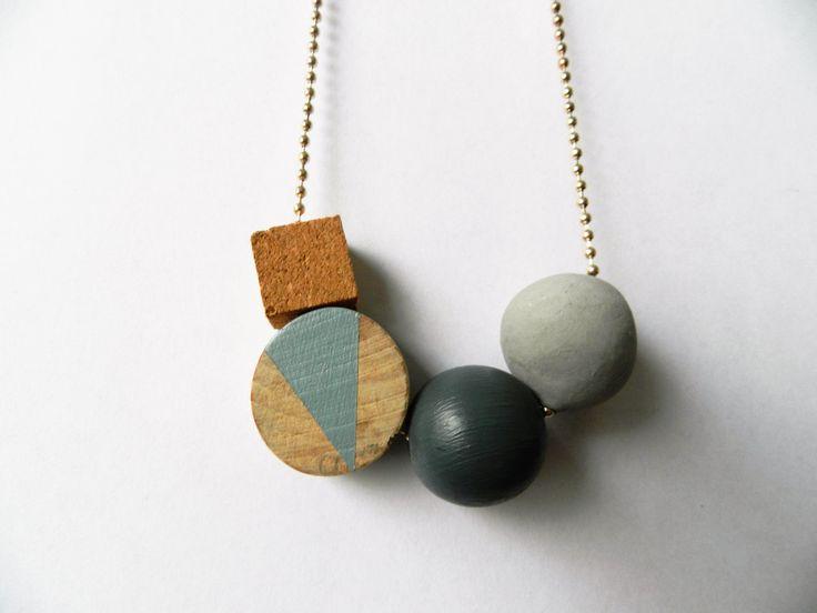 Geometrische ketting| Houten kralen ketting| Ketting met Kurk| Lange Ketting| Scandinavisch| Grijs| Cadeau voor Haar| Cadeau Idee door VanCaatNL op Etsy