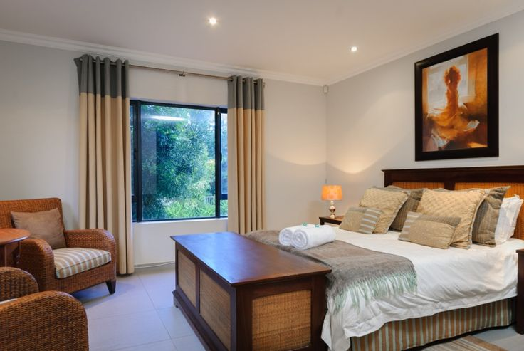 Ballito self-catering accommodation. Spacious rooms at On Madeleine Holiday Home.