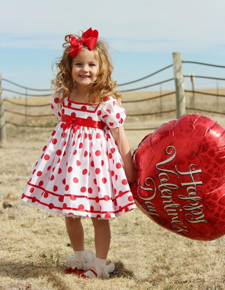 White & Red Polka Dot Shirley Temple Baby Doll Style Short Puffy Sleeve Dress Infant Baby Toddler Girl, Shirley Temple Costume Dress by BizzyBumpkins on Etsy https://www.etsy.com/listing/248036532/white-red-polka-dot-shirley-temple-baby