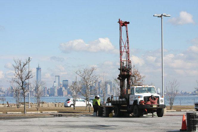 New York Wheel stability tests begin on Staten Island