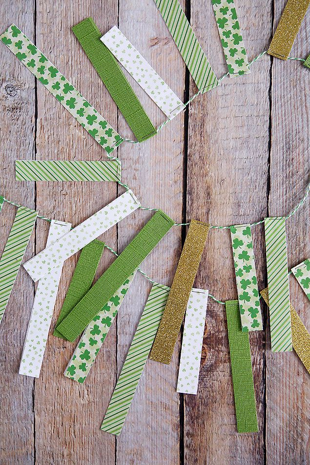 St. Patrick's Day Paper Strip Garland