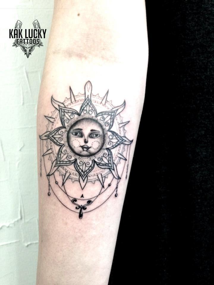 A cute little sun and moon mandala that Gareth Doye Tattoos did  #tattoos #kloofstreet #kakluckytattoos #capetown #art #blackwork #neotat #suntattoo #710