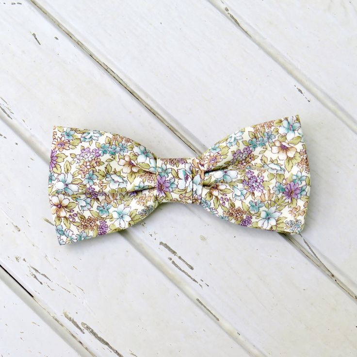 Floral Cream Bow Tie, Spring Wedding Bow Tie, Summer Bow Tie, Bow Tie for Wedding, Mens Bow Tie, Kid Bow Tie, Groom & Groomsmen Bowtie by GloiberryBowtie on Etsy https://www.etsy.com/uk/listing/530770101/floral-cream-bow-tie-spring-wedding-bow