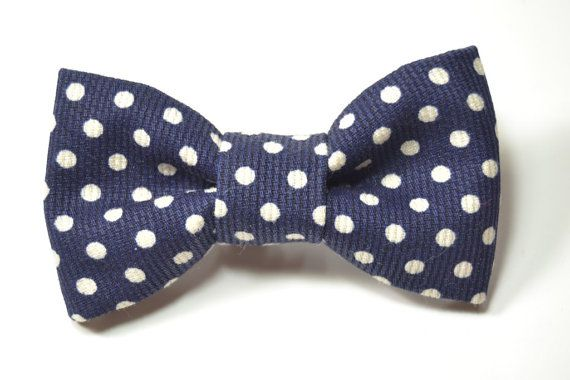 Pre-Tied bow tie with adjustable strap or clip on to fit from from 0 to 12 years    The adjustable Strap closure is from a quality plastic clip