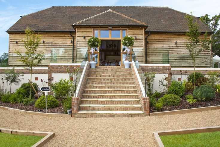 We supplied paving to a landscaping project at Brookfield Barn Hotel in Lower Beeding, West Sussex