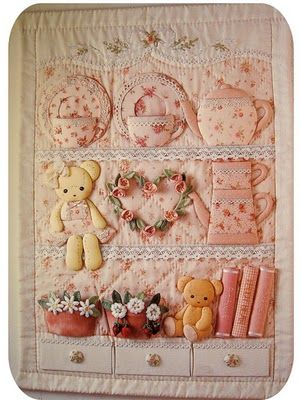Sweet 3-D quilt.  I love this!: 3D Quilts, Baby Quilts, Teddy Bears, Shabby Chic, Quilts Wall Hanging, 3 D Quilts, Little Girls Rooms, Bedrooms Wall, Sweet 3D