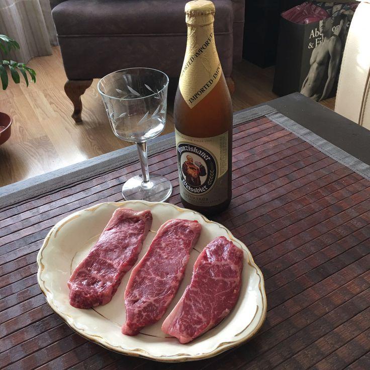 Filetes de Picaña de Buey Wagyu - Kobe, una carne exquisita, tierna y de un sabor único, perfectos para un gran momento. http://masmit.com/carne-de-kobe-buey-wagyu/274-comprar-filetes-de-picana.html Tu Carnicería online de calidad y confianza. #buey #wagyu #kobe #picaña #picanha #carne #carniceria #filetes