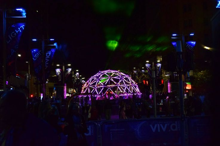 Geo Glow Dome , Martin Place
