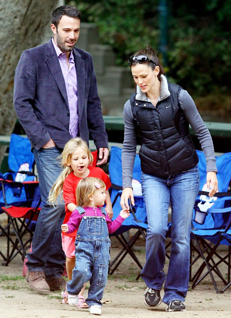 Celeb Moms on the Go: Jennifer Garner
