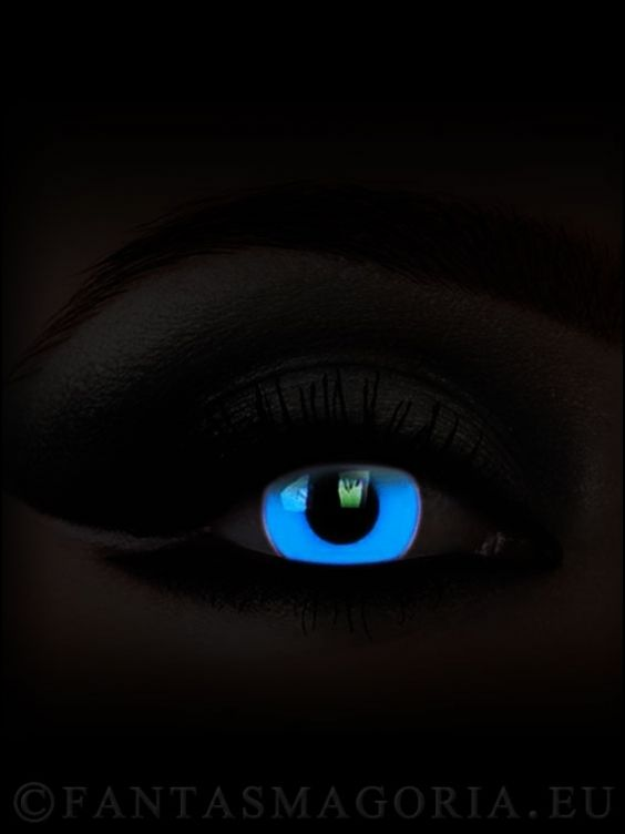 This lenses glow in the UV light! Change your eyes at: http://www.fantasmagoria.eu/accessories/cosmetics-makeup/contact-lenses #fancy contacts #crazy lenzes