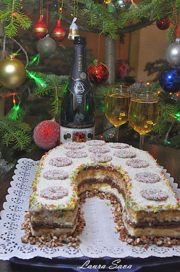 Dragii mei, acest tort deosebit, cu crema Toffee si mousse de cocos, Tort Potcoava Norocului, va este dedicat cu toata dragostea si recunostinta!!! Este, daca vreti, cadoul meu, pentru noaptea dintre ani, un semn al prieteniei noastre :) Anul nou sa va gaseasca cu zambete largi pe buze, cu inimile pline de iubire si ganduri pline de speranta!!! Va multumesc din suflet pentru toate cuvintele frumoase si pentru ca mi-ati fost alaturi si in acest an ce se incheie in curaaaand :P Va pup…