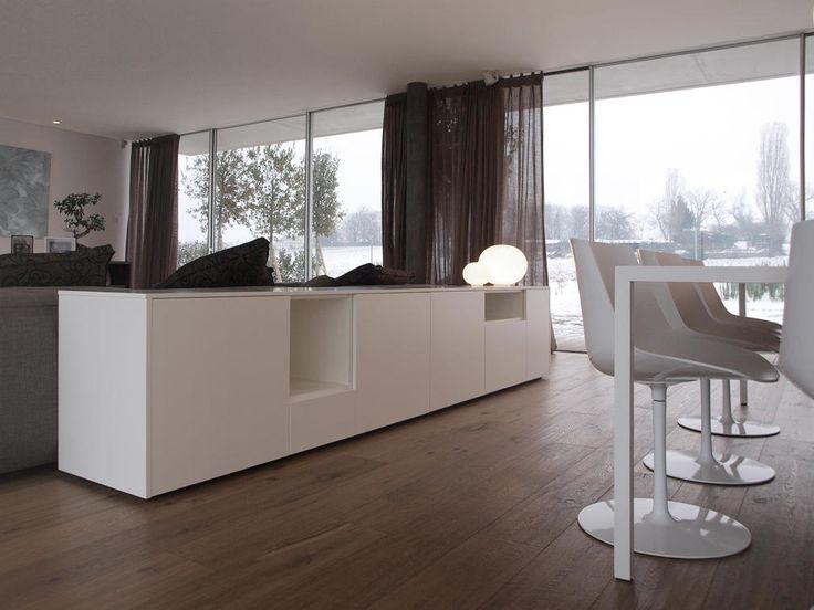 Progetto di arredamento per il soggiorno con divano - Mobili contenitori soggiorno ...