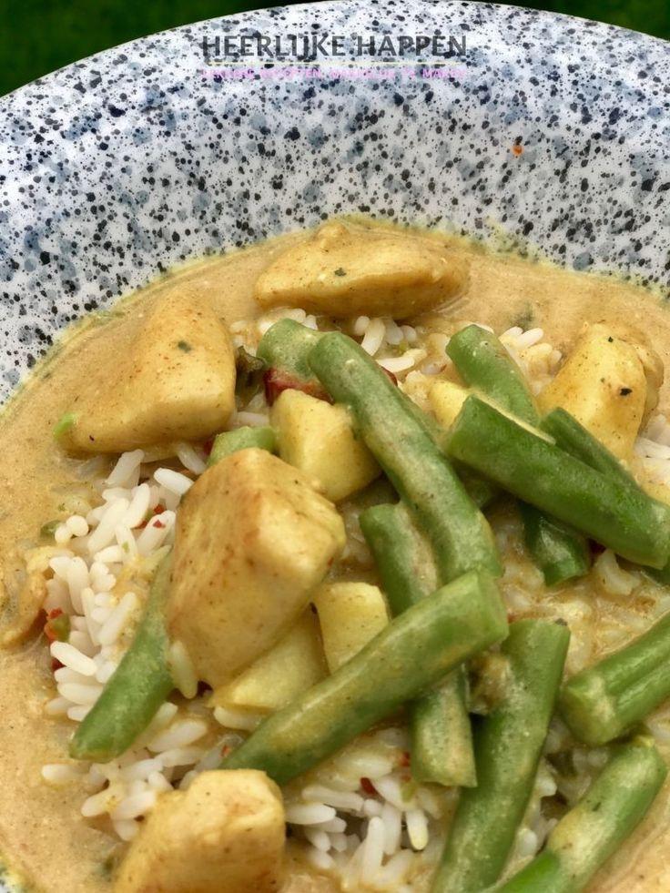 Kip met pittige kerriesaus:van dit soort recepten kun je er niet genoeg hebben. Wanneer je even geen zin hebt om super ingewikkeld te koken.