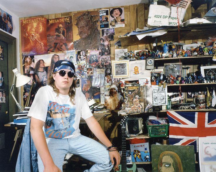 90s bedroom / i-D magazine
