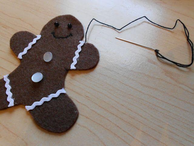 DIY Felt Gingerbread Ornament | My Girlish Whims