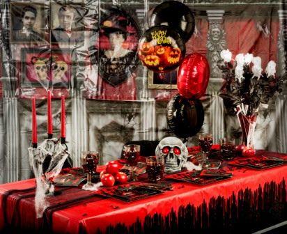 Fangstastic Vampirler Partisi ile çok etkileyici bir Cadılar Bayramı atmosferi yaratmanız mümkün. Kırmızı siyah balonlar ile dekorasyonu tamamlayabilirsiniz.. http://www.partipaketi.com/Tema.aspx?TemaID=241&TemaAdi=Vampir+Partisi&value=catId&ID=19