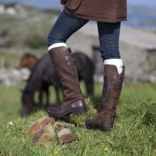 Kind of obsessed with these Dubarry boots. Sigh, swoon.
