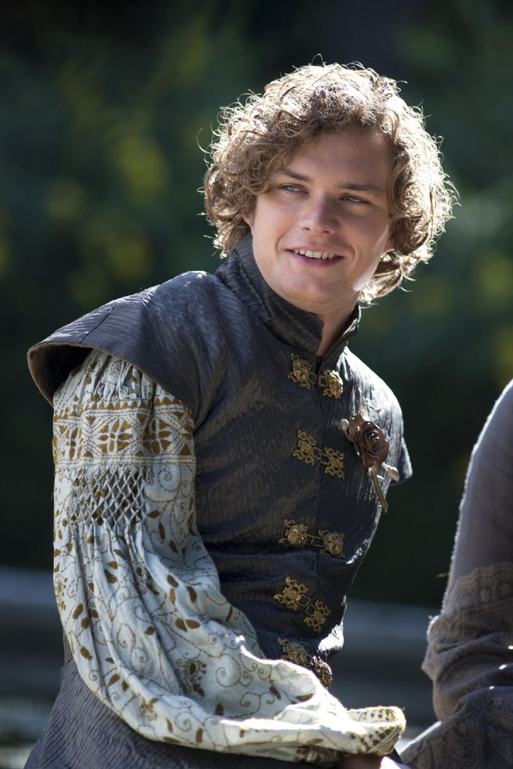 Loras Tyrell Finn Jones On the show, Ser Loras is valued primarily as a romantic partner — first to Renly Baratheon, the man who would be king, then to Cersei Lannister, the woman who's doing just fine as queen without him, thank you very much. The books, however, leave little doubt that he's also perhaps the single most skilled swordfighter in the Seven Kingdoms. Hopefully that side of the Knight of Flowers will be allowed to blossom soon. Read more…