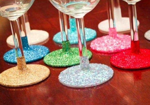 Regali di Natale fatti in casa con il riciclo - Bicchieri decorati