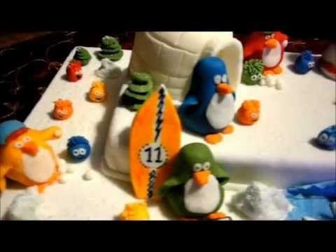 Club Penguin Birthday Cake.   Tutorial how to make one club penguin in fondant - sugar paste:  http://youtu.be/9lMwg-85XMA    Happy Birthday, Jamie!    Torta di Compleanno dei Club Penguin.    New Video:  http://youtu.be/_fWaLeXexHg    Topo de Bolo Club do Pinguin.....