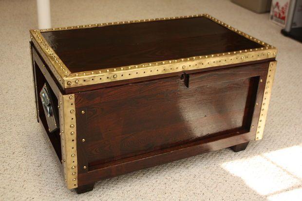 Refinish a Treasure Chest Coffee Table #furniture