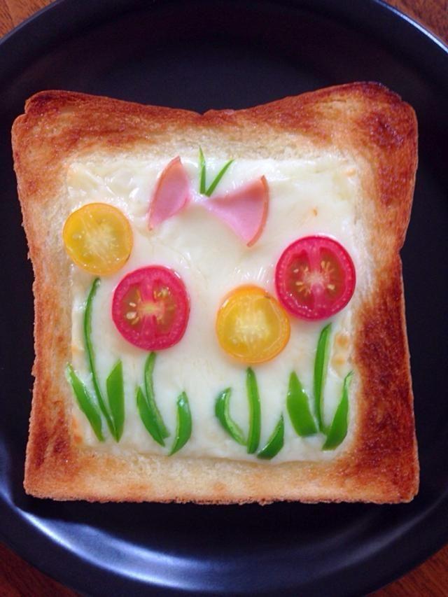 お花トースト