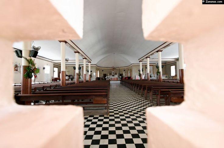 Intérieur de l'église de La Trinité.