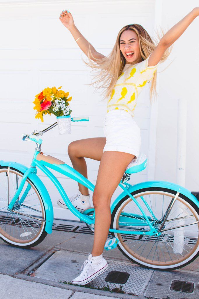 day 4 - latest youtube discovery: mylifeaseva • you must think I live under a rock for this one but I've never come across one of her vids. I can say that I'm glad I subscribe to her because she is beautiful and helpful and hilarious