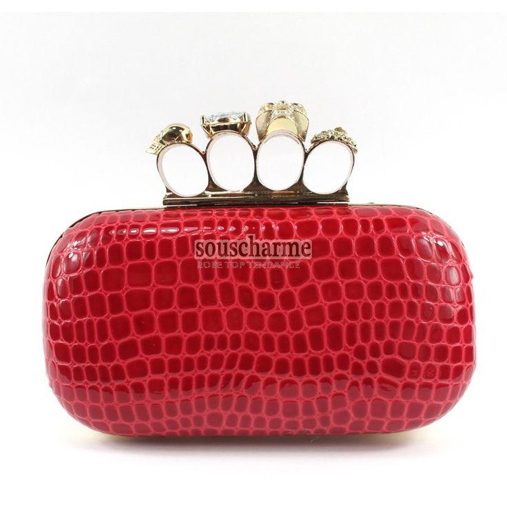 Pochette de soirée rouge en simili cuir fermoir à anneaux crâne sac à main pas cher