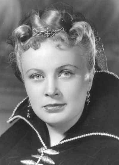 """Алла Ларионова """"Садко"""" (1952), """"Анна на шее"""",, """"Двенадцатая ночь"""", """"Попрыгунья""""."""