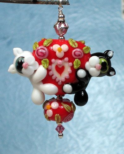 made to order margo lampwork beads valentine red heart cats via etsy