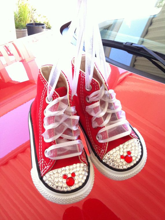 fdeac38afadfe4 Mickey Mouse Bling Converse di Munchkenzz su Etsy