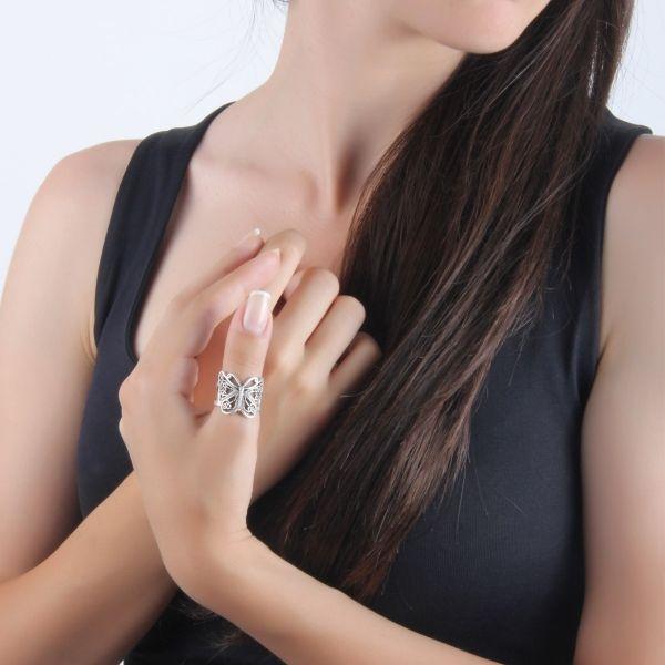 Kelebek Yüzük #kelebek #yuzuk #etnik #zamak #takı #aksesuar #stils #women #accessory #interesting #ethnic #ethnical  #ring #butterfly